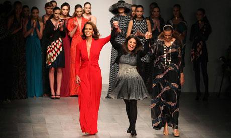 Daniela Helayel Fashion