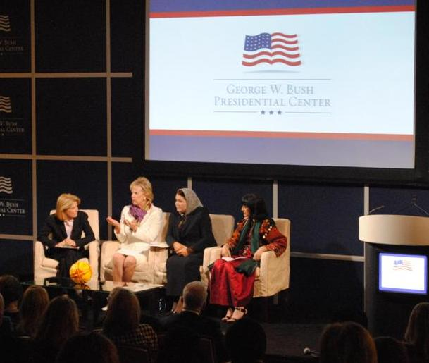 Greta Van Susteren leading PEACE THROUGH BUSINESS panel