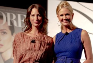 Christy Turlington and Nancy O'Dell