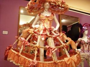 Bette's petticoat bustle