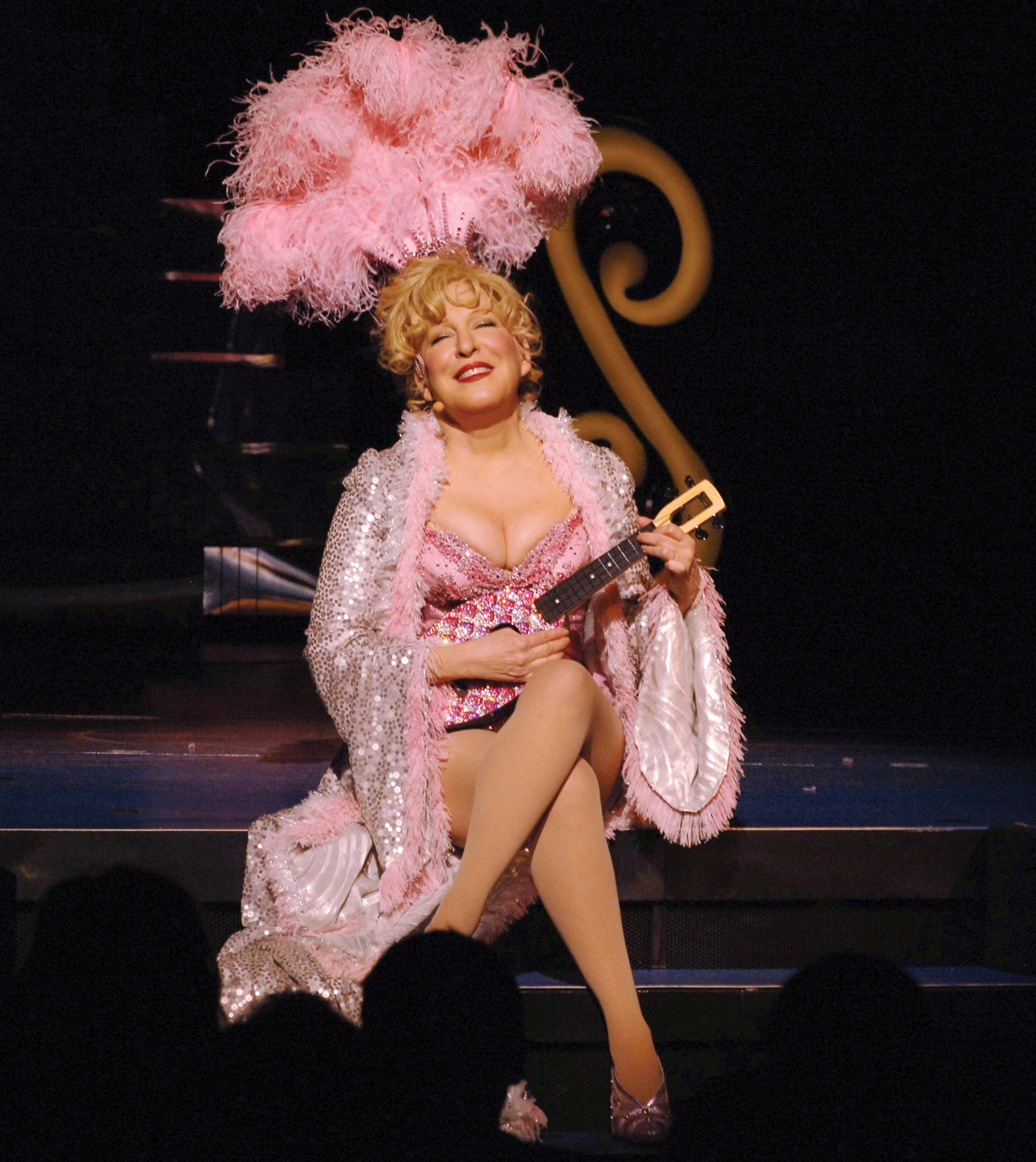 bette midler actress